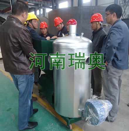 九江某养鸡场订购养殖专用生物质热风炉