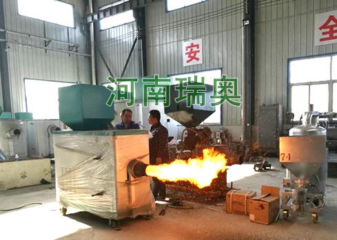 新乡客户现场考察生物质燃烧机